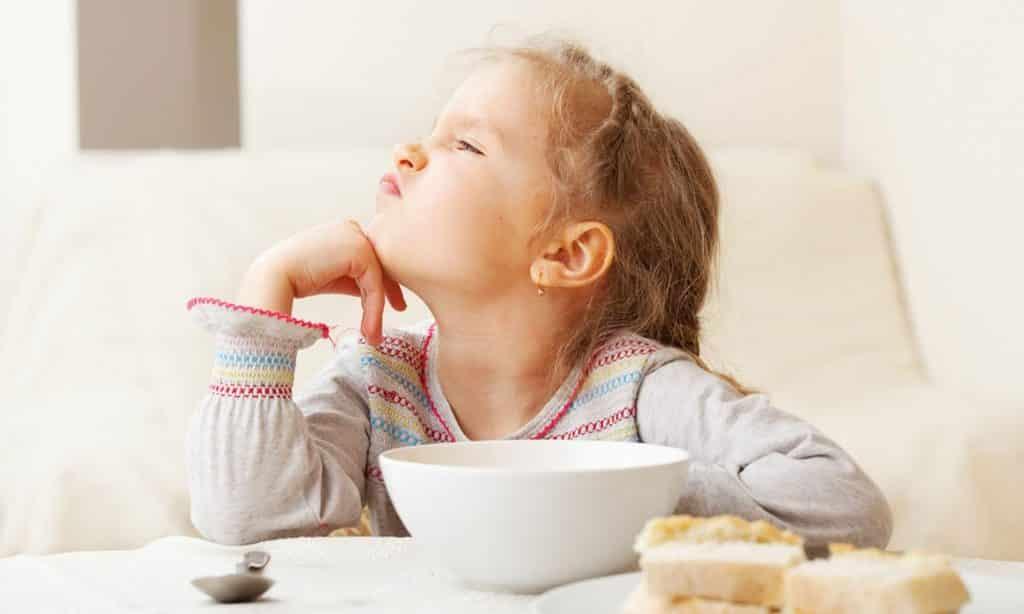 Çocukları Yemek Yemeye Zorlamayın