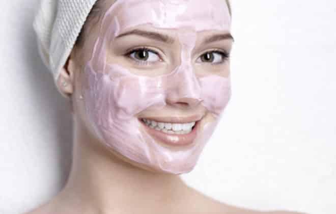 Pembe Maske İle Hem Dinçleşin Hem Güzelleşin